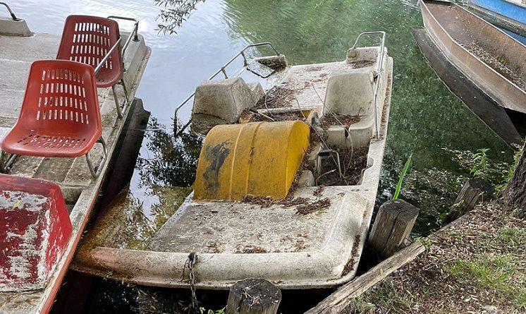 Alla Riserva di Posta Fibreno il 'cimitero delle barche'